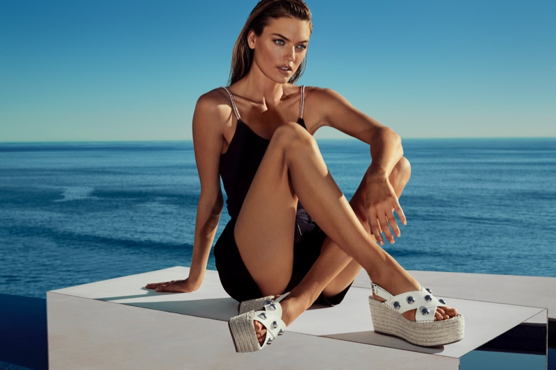 Martha Hunt wears platform sandals in Marc Fisher's spring-summer 2018 campaign