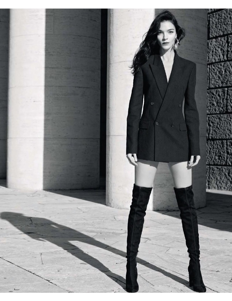 Mariacarla Boscono Models Chic Monochrome Looks for S Moda