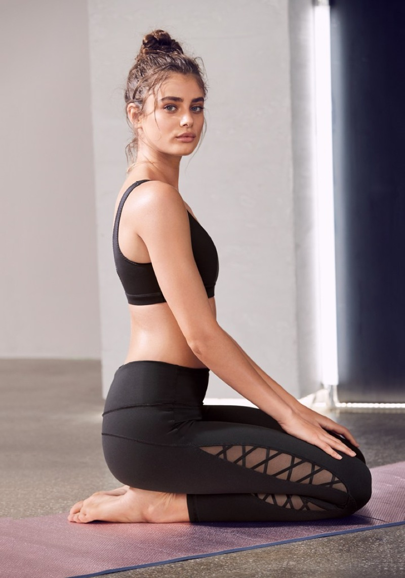 Taylor Hill poses in all-black for Victoria Sport photoshoot