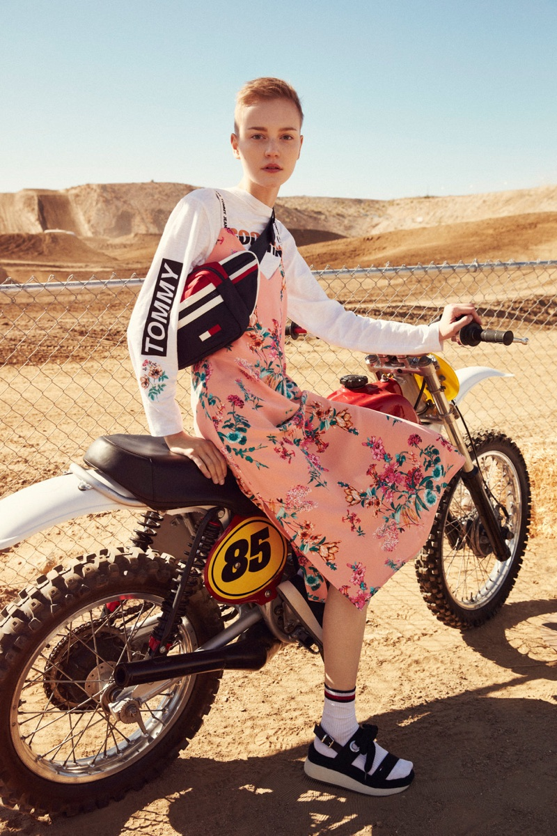 Lina Hoss wears floral prints in Tommy Jeans spring-summer 2018 campaign
