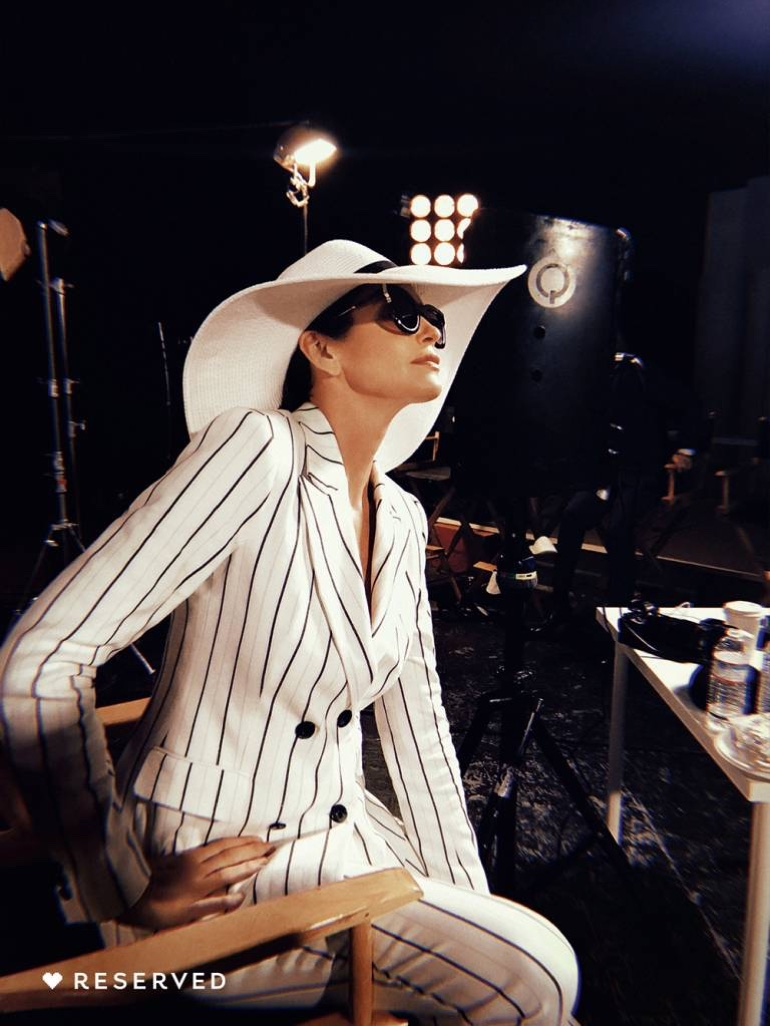 Cindy Crawford suits up in stripes for Reserved's spring-summer 2018 campaign