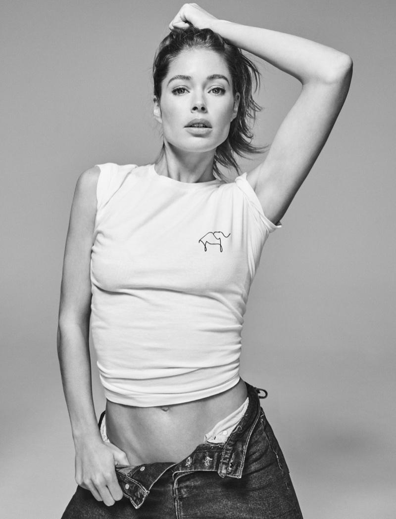 Model Doutzen Kroes flaunts her toned stomach for Holt Renfrew x Knot My Planet campaign