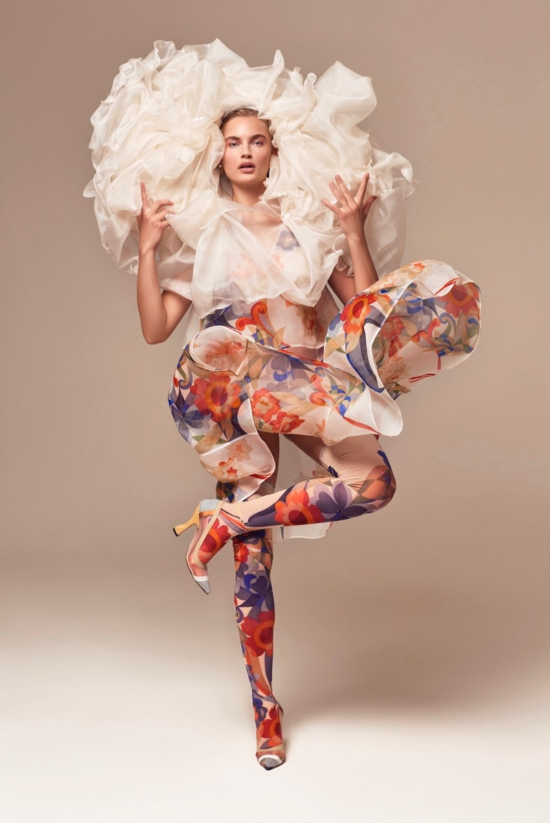 Isabel Scholten Has Flower Power for InStyle Germany