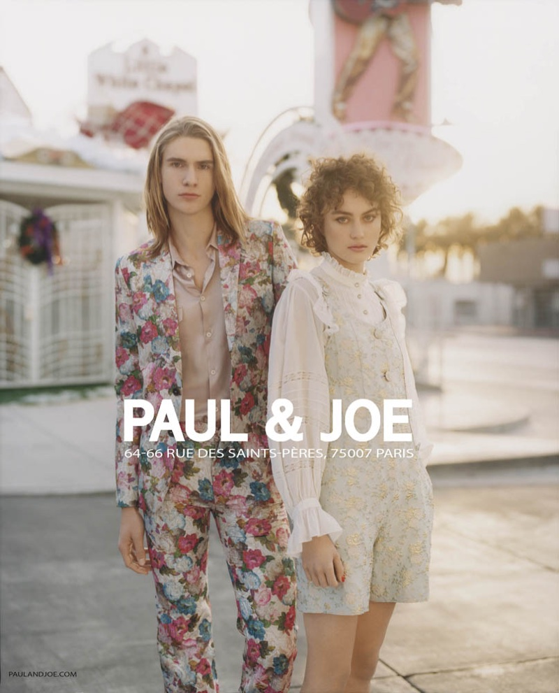 Rose Valentine and pose in Las Vegas for Paul & Joe's spring-summer 2018 campaign