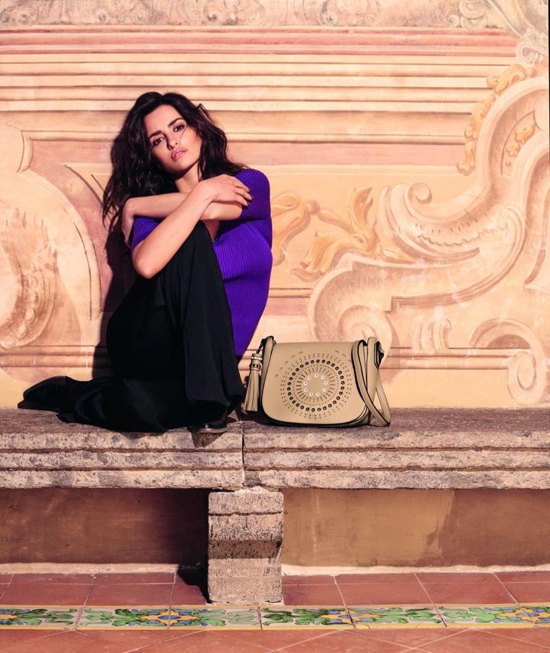 Italian handbag brand Carpisa taps Penelope Cruz for spring-summer 2018 campaign
