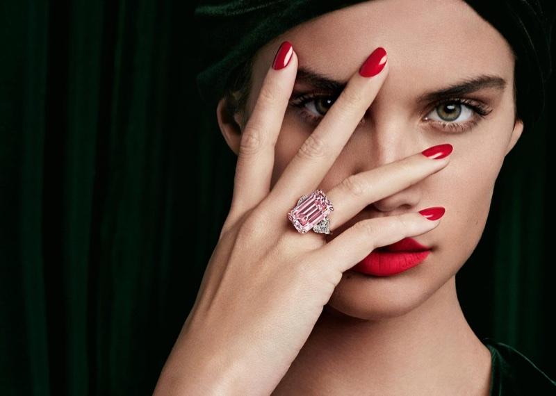 Model Sara Sampaio wears glittering ring in Graff Diamonds campaign
