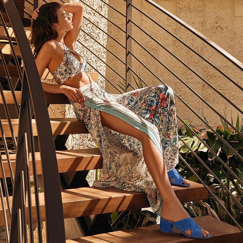 Vince Camuto spotlights blue sandals in spring-summer 2018 campaign