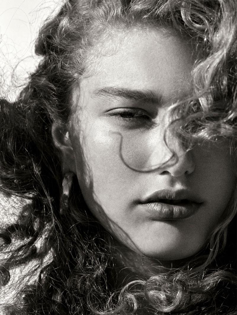 Dorit Revelis gets her closeup for Zara spring-summer 2018 lookbook