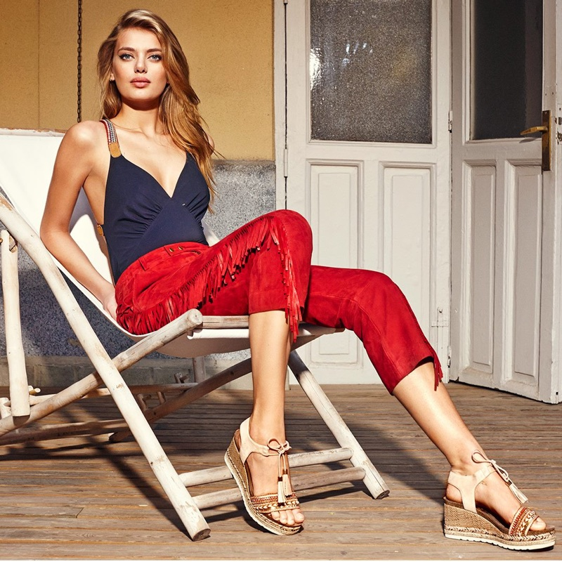 Bregje Heinen stars in Refresh Shoes' spring-summer 2018 campaign