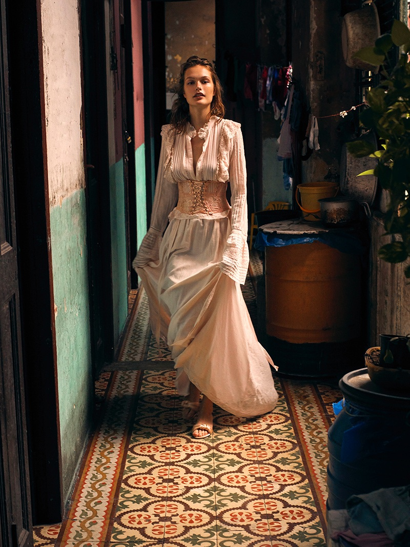 Dasha Maletina Turns Up the Heat in Cuba for ELLE Poland