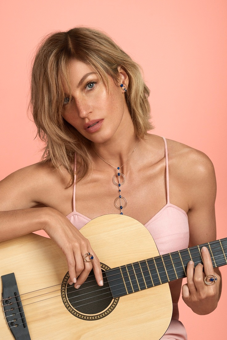 Gisele Bundchen shows off a short hairstyle in new Vivara campaign