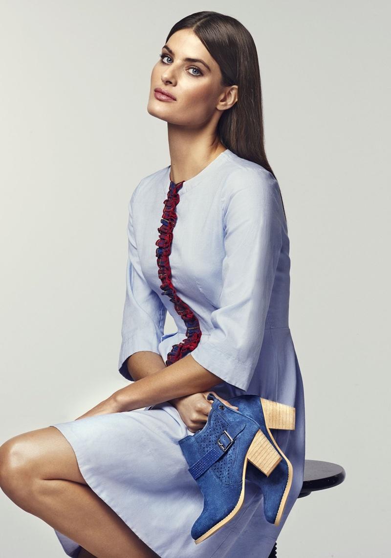 Isabeli Fontana stars in Carmela Shoes' spring-summer 2018 campaign