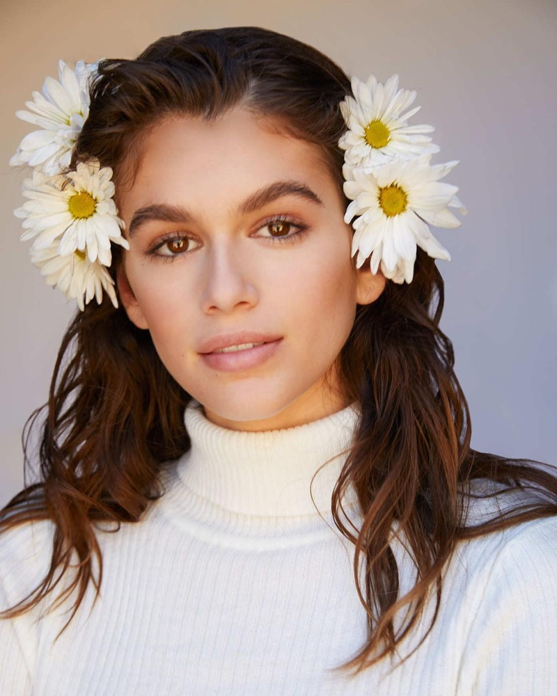 Model Kaia Gerber behind-the-scenes at Marc Jacobs Daisy Love fragrance shoot