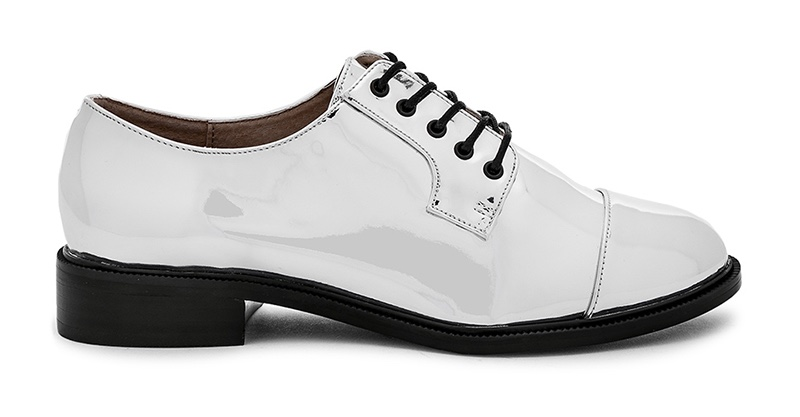 Raye x House of Harlow 1960 Kane Oxford in Silver $158