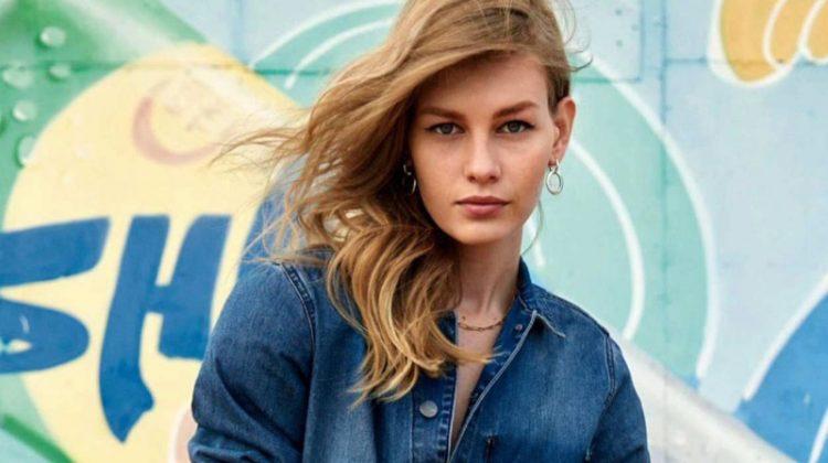 Sofia Mechetner Takes On the Denim Trend for ELLE France