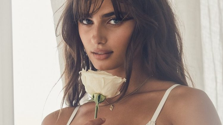Taylor Hill & Romee Strijd Smolder in Victoria's Secret Bridal Lingerie