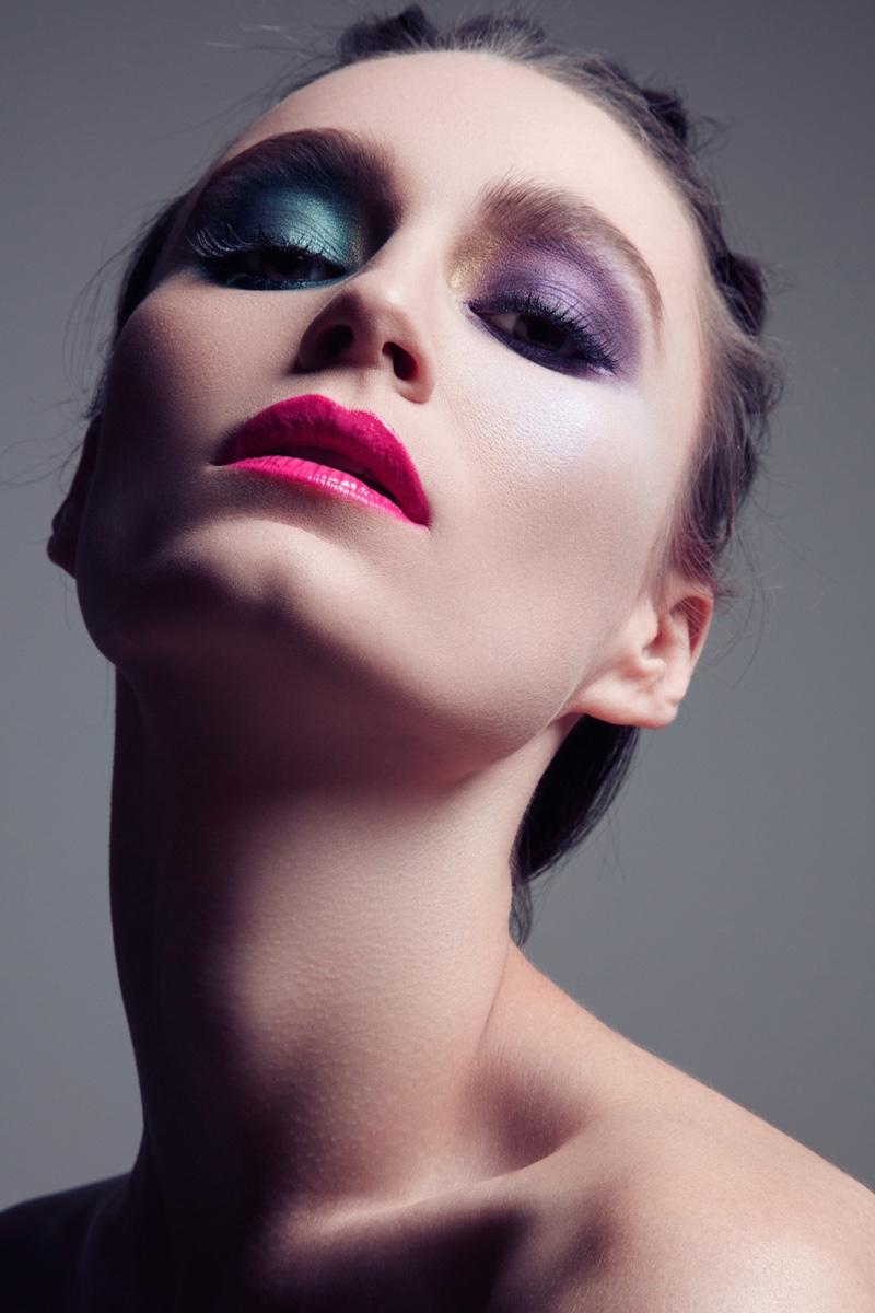 Alex Boldea models vibrant eyeshadow. Photo: Jeff Tse