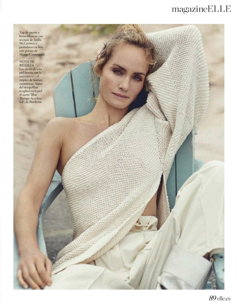 Amber Valletta Wears Casual Style On the Beach for ELLE Spain