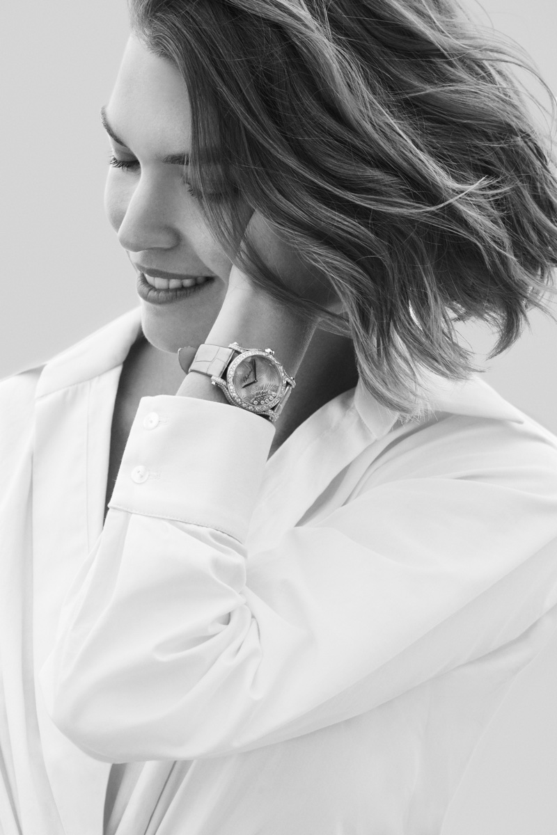 Flashing a smile, Arizona Muse appears in Chopard Happy Diamonds jewelry campaign