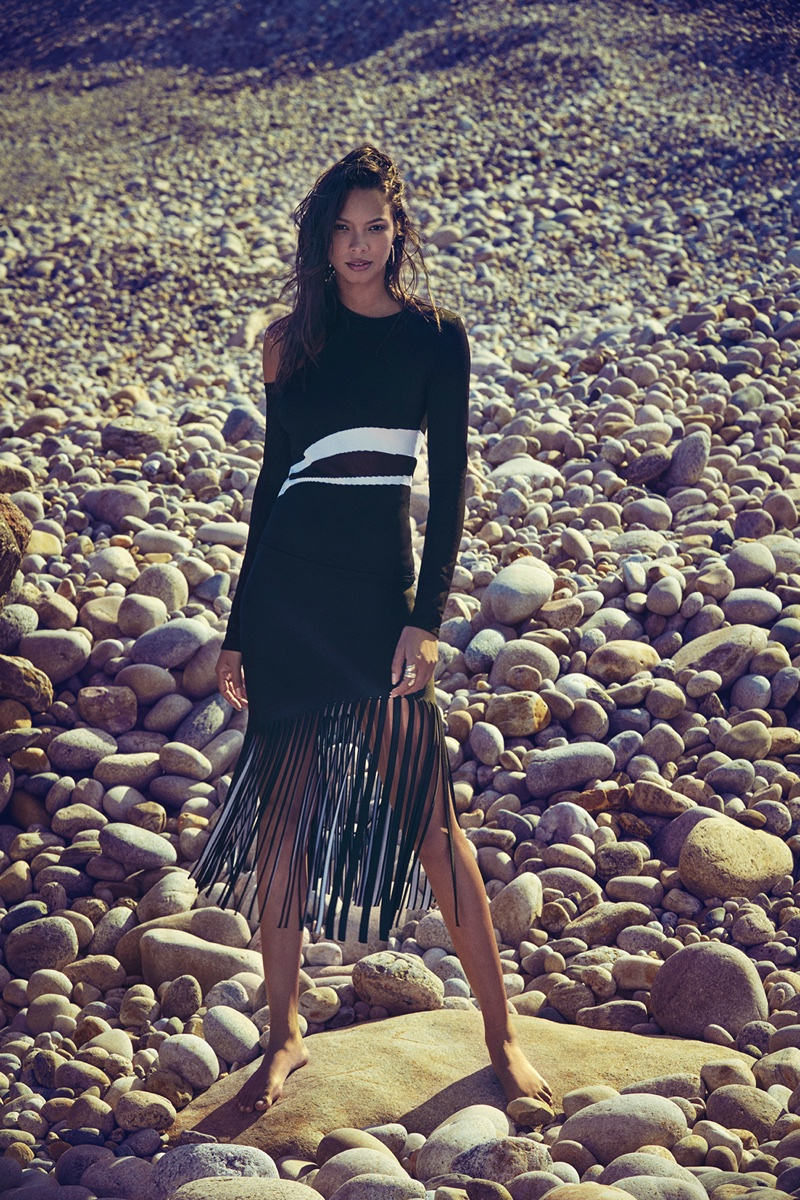 Lais Ribeiro poses in fringed outfit for Cushnie et Ochs' pre-fall 2018 campaign