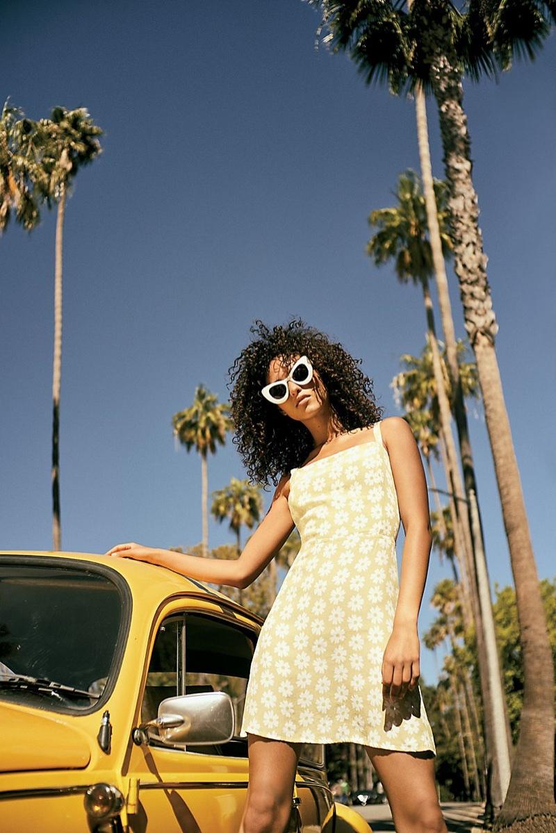 Faithfull The Brand Ischia Dress and Free People Pasadena Cateye Sunnies