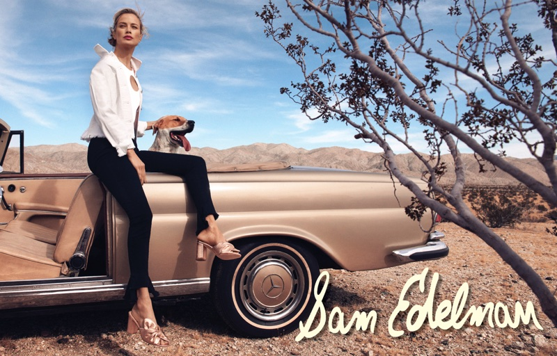 Carolyn Murphy poses in Palm Springs for Sam Edelman's spring-summer 2018 campaign
