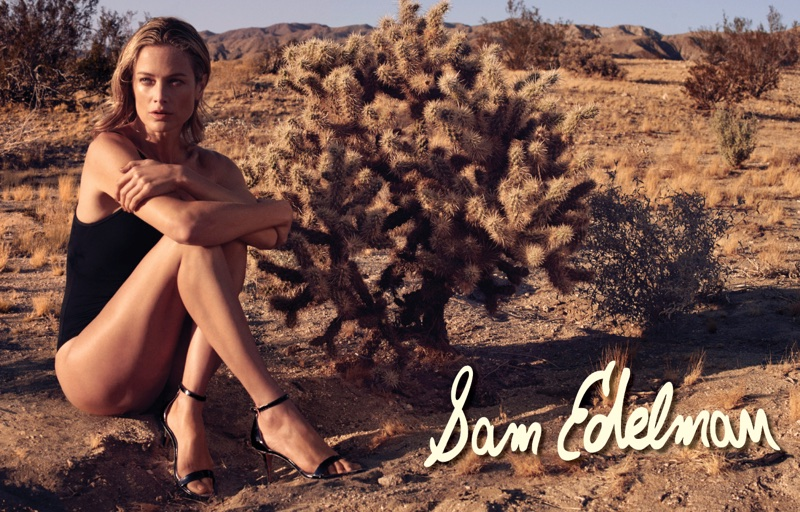 Carolyn Murphy models black sandals in Sam Edelman's spring-summer 2018 campaign