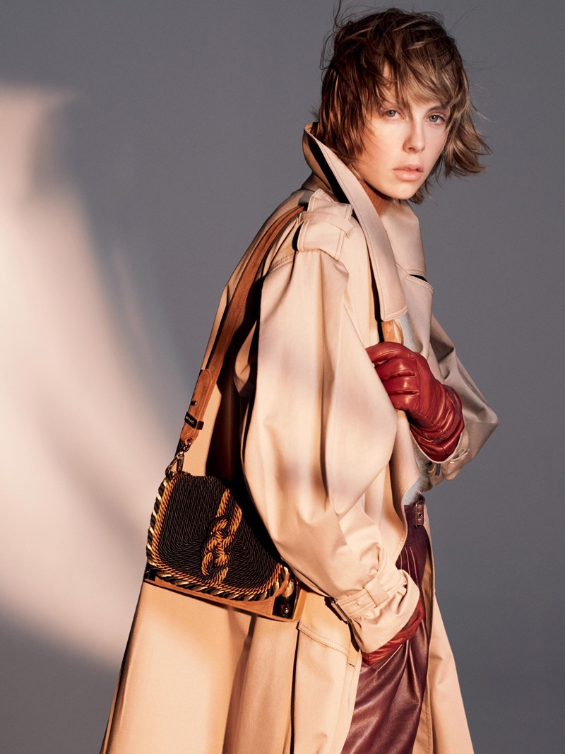 Edie Campbell layers up in Alberta Ferretti's fall-winter 2018 campaign