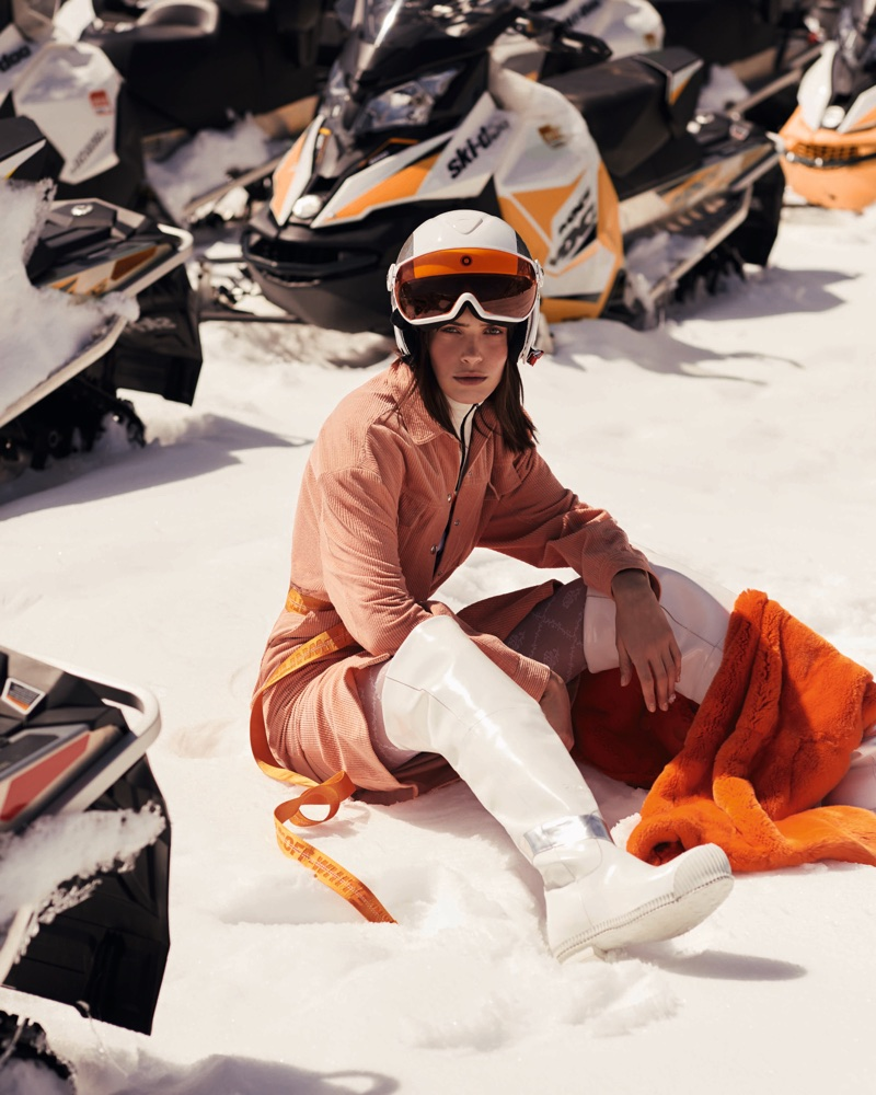 Amanda Wellsh Looks Ready for Ski Season in ELLE Brazil