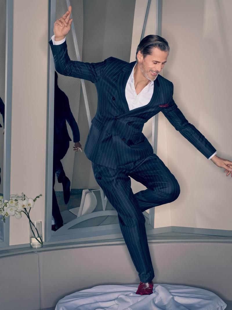 Mark Vanderloo suits up in Emporio Armani's fall-winter 2018 campaign