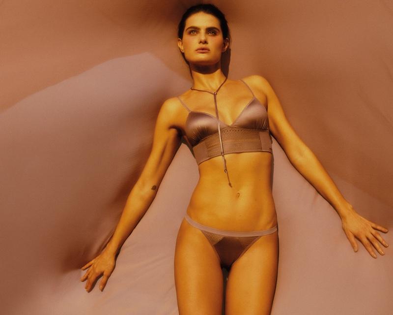 Isabeli Fontana flaunts her body in Isabeli Fontana Lingerie x Morena Rosa campaign