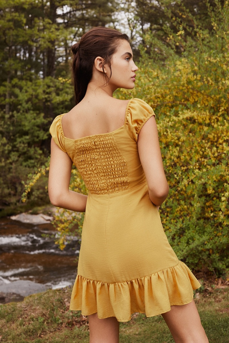 UO Tie-Front Sweetheart Ruffle Mini Dress