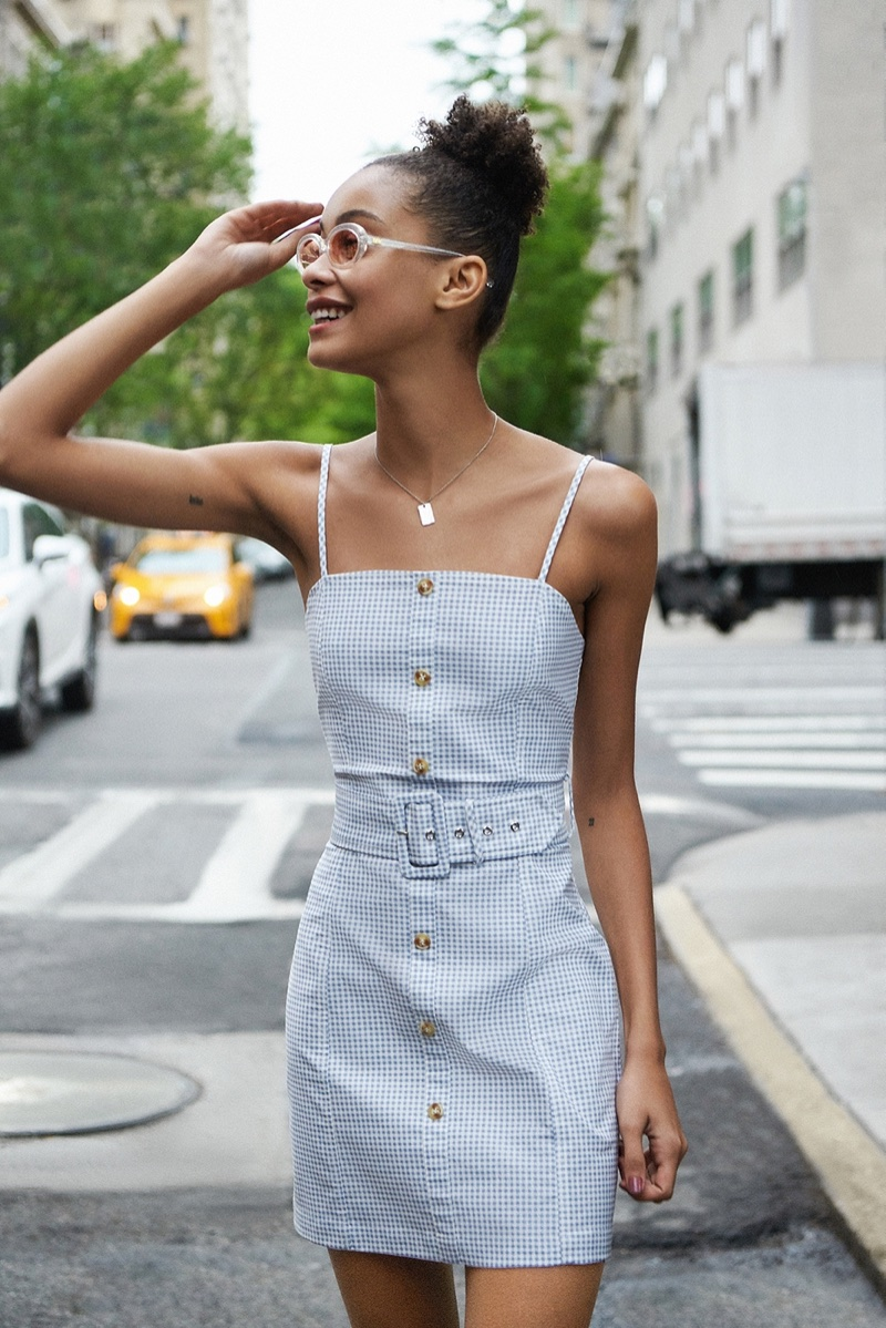 72e336637af Summer in the City  7 Casual Looks From Urban Outfitters