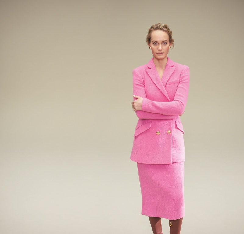 Dressed in pink, Amber Valletta fronts Escada fall-winter 2018 campaign