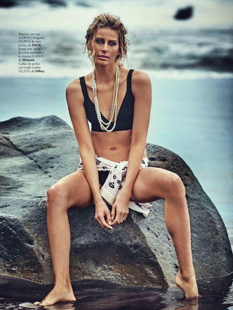 Hana Soukupova Wears Black & White Beach Fashion for ELLE Spain