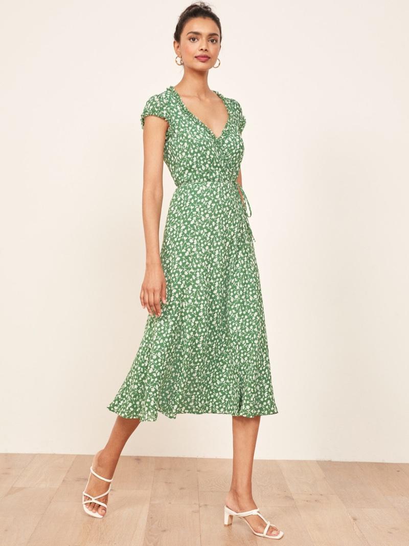 b8b5a74d7942 Reformation Gwyneth Dress in Daisies  218