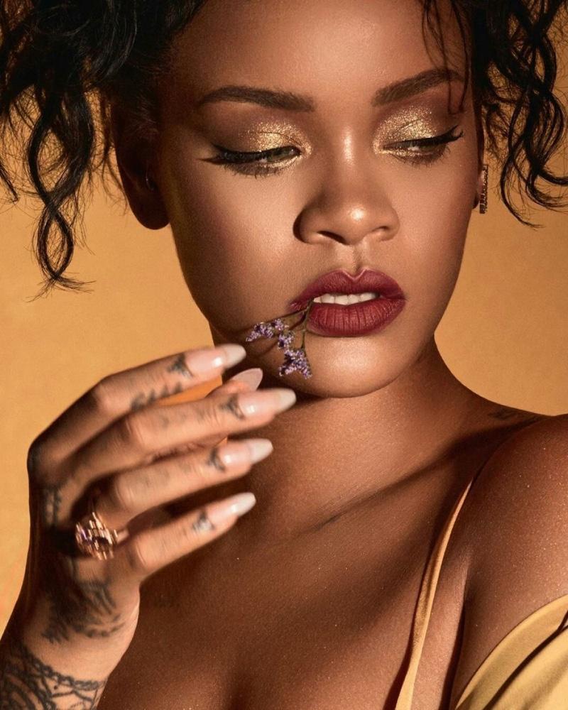 Moroccan Spice palette by Fenty Beauty modeled by Rihanna