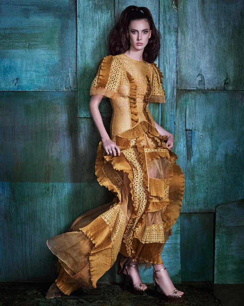 Ruby Aldridge Shines in Yellow Style for How to Spend It