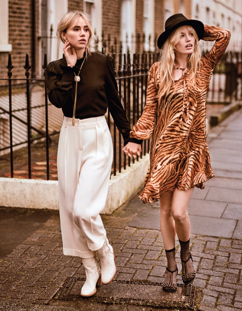 Suki Waterhouse and Georgia May Jagger hold hands in Twinset fall-winter 2018 campaign