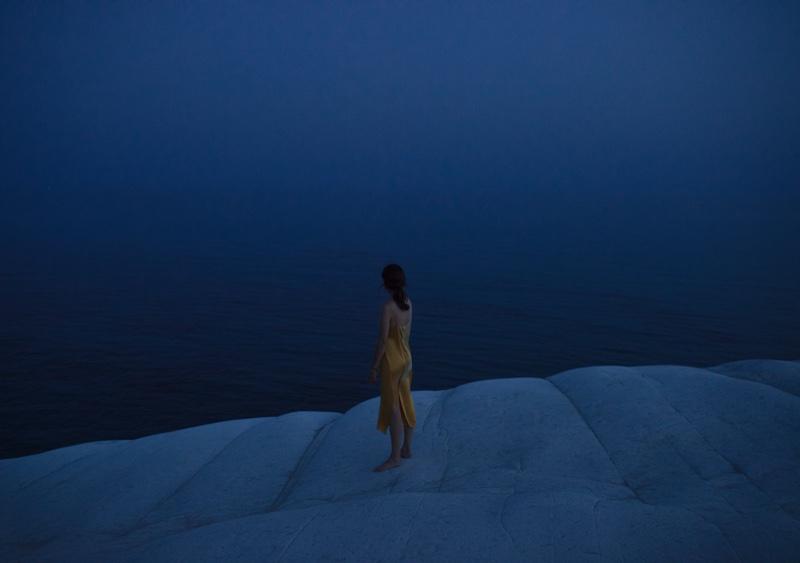 Anna de Rijk Models Dreamy Looks for Vogue Poland