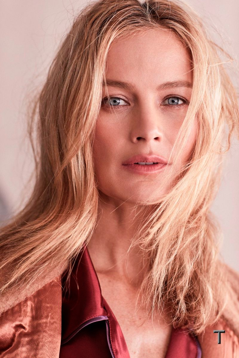 Carolyn Murphy Poses in Ladylike Looks for T Magazine Singapore