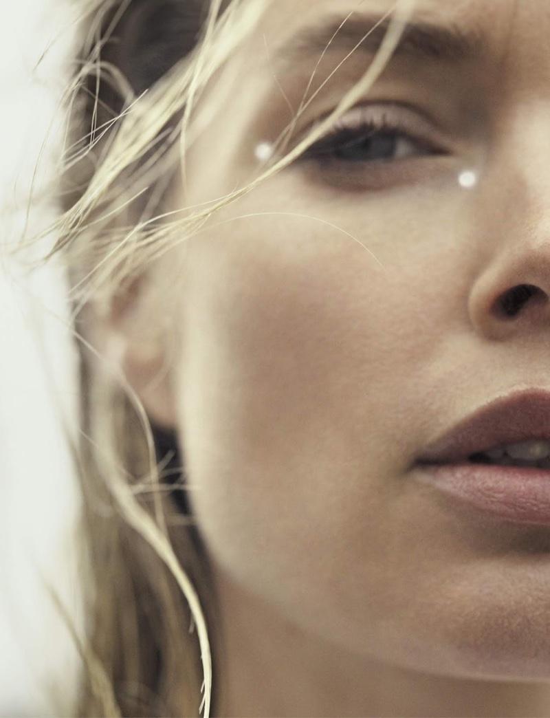 Doutzen Kroes Models Minimal Looks for ES Magazine