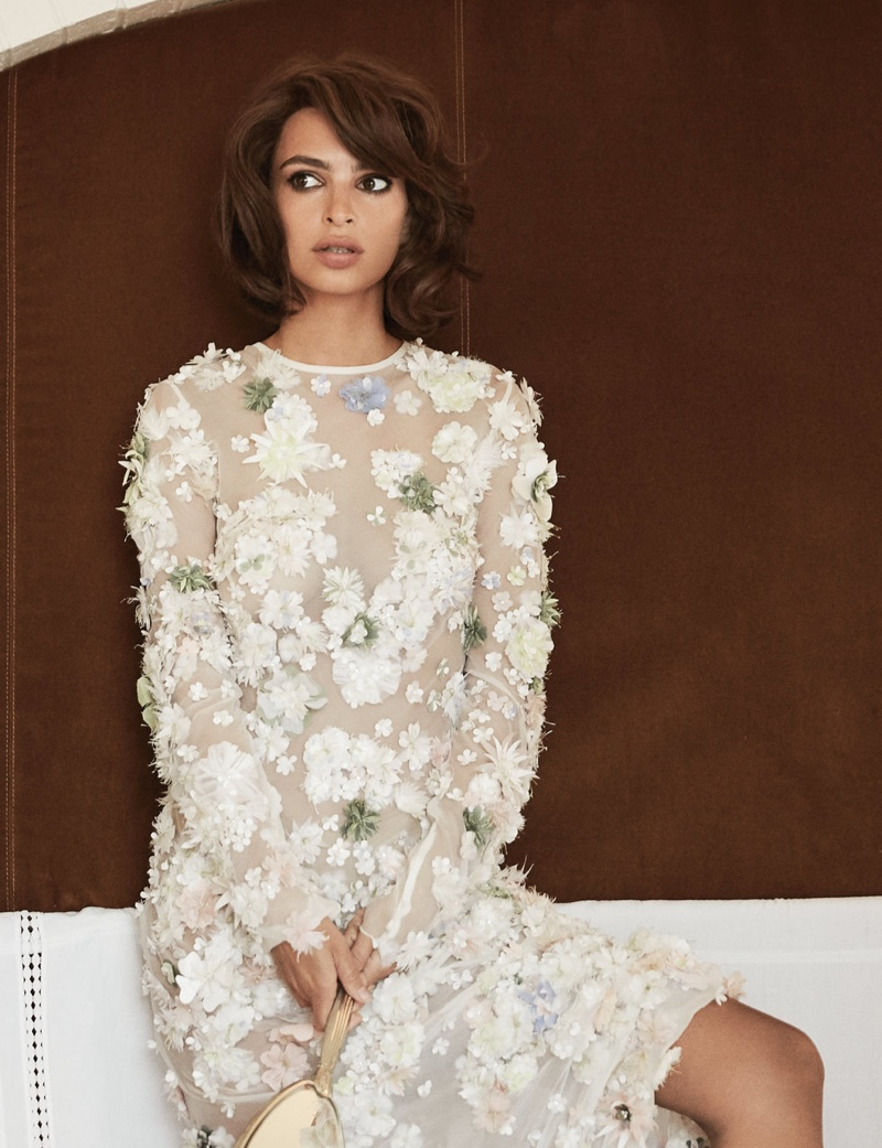 Emily Ratajkowski Shows Off a Bob Hairstyle for Paper Magazine