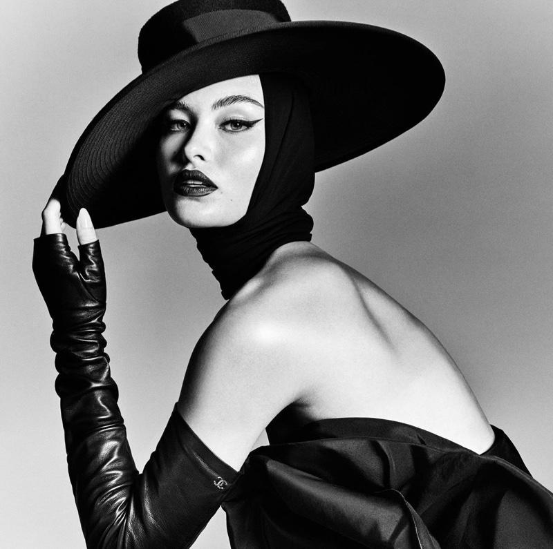 Grace Elizabeth Stuns in Black & White for Vogue Brazil