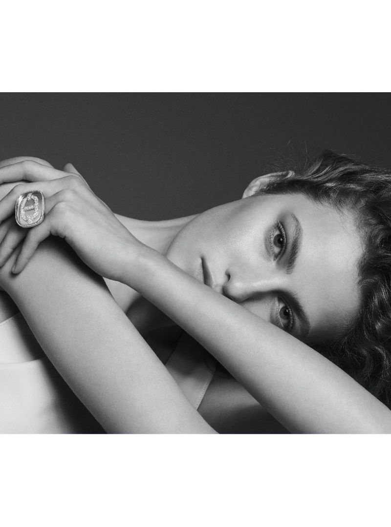 Photographed in black and white, Felice Noordhoff stars in Hermes Enchainements Libres campaign