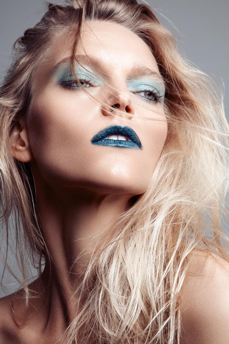 Jeff Tse photographs Sarah DeAnna for new beauty shoot.