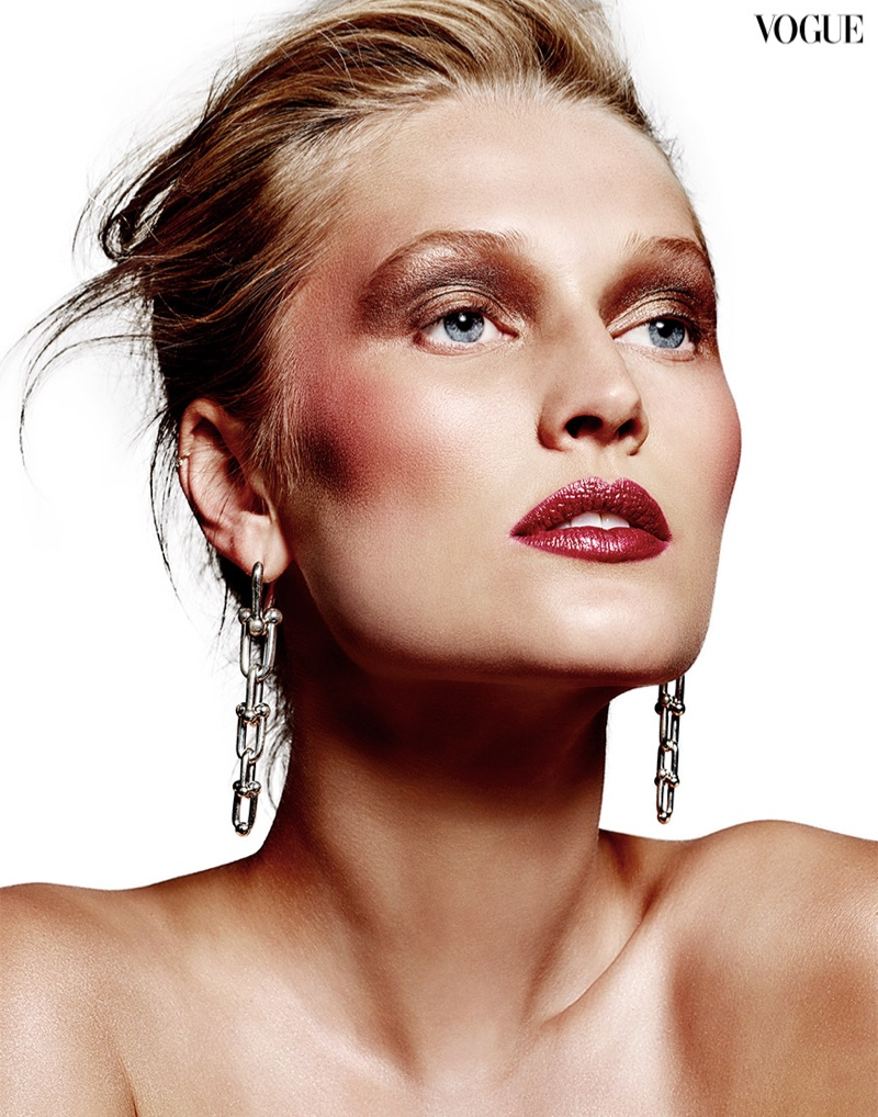 Toni Garrn Turns Up the Shine Factor for Vogue Thailand