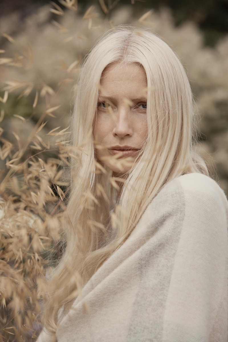 Kirsty Hume fronts Zara Home Timeless Essentials fall-winter 2018 collection