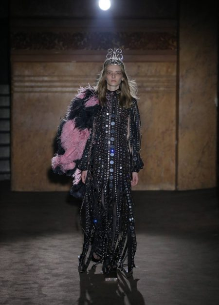 Gucci Brings Fringe & Sparkle to Spring 2019 Collection