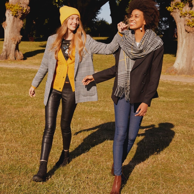 (Left) H&M Pattern-Weave Jacket, V-Neck Cardigan, Sweatshirt with Printed Design, Treggings, Ribbed Hat and Platform Ankle Boots (Right) H&M Woven Scarf, Pea Coat and Ankle Boots